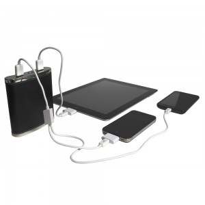 PowerFlash charging three devices